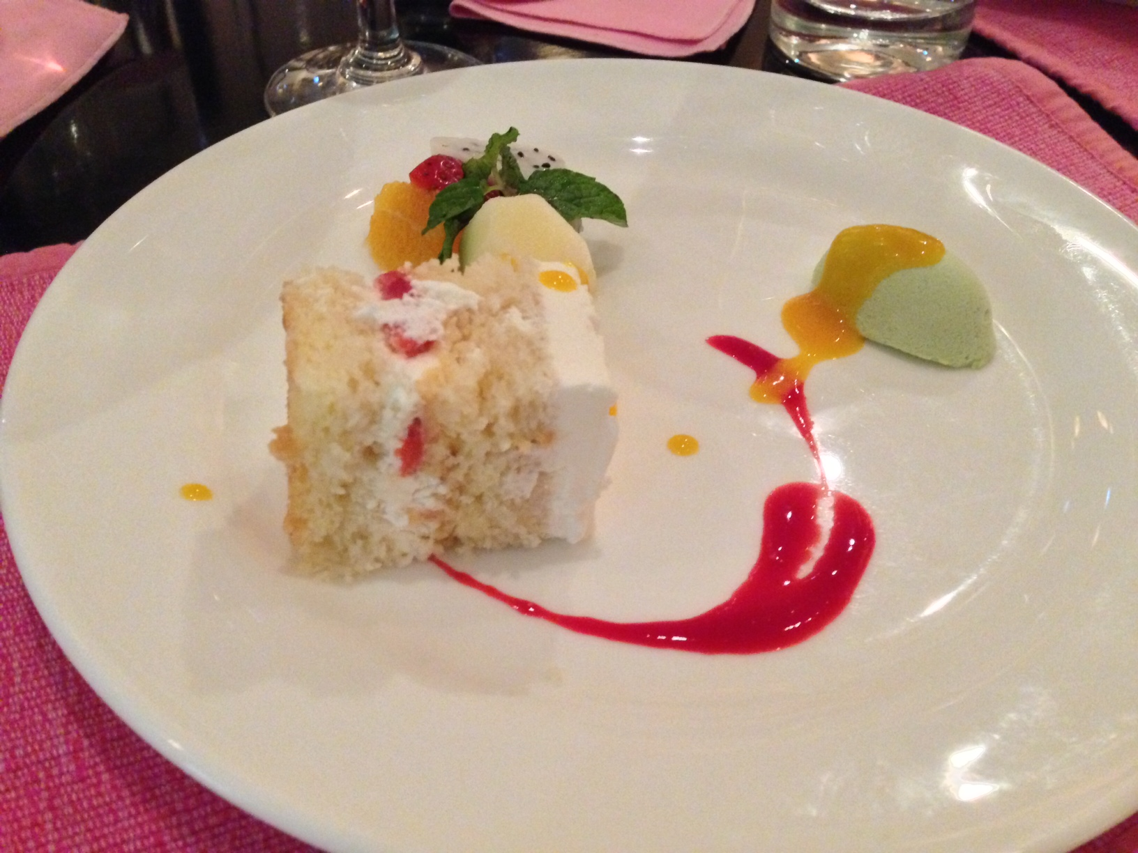 Strawberry Cheesecake, Green Tea Matcha and Fruits